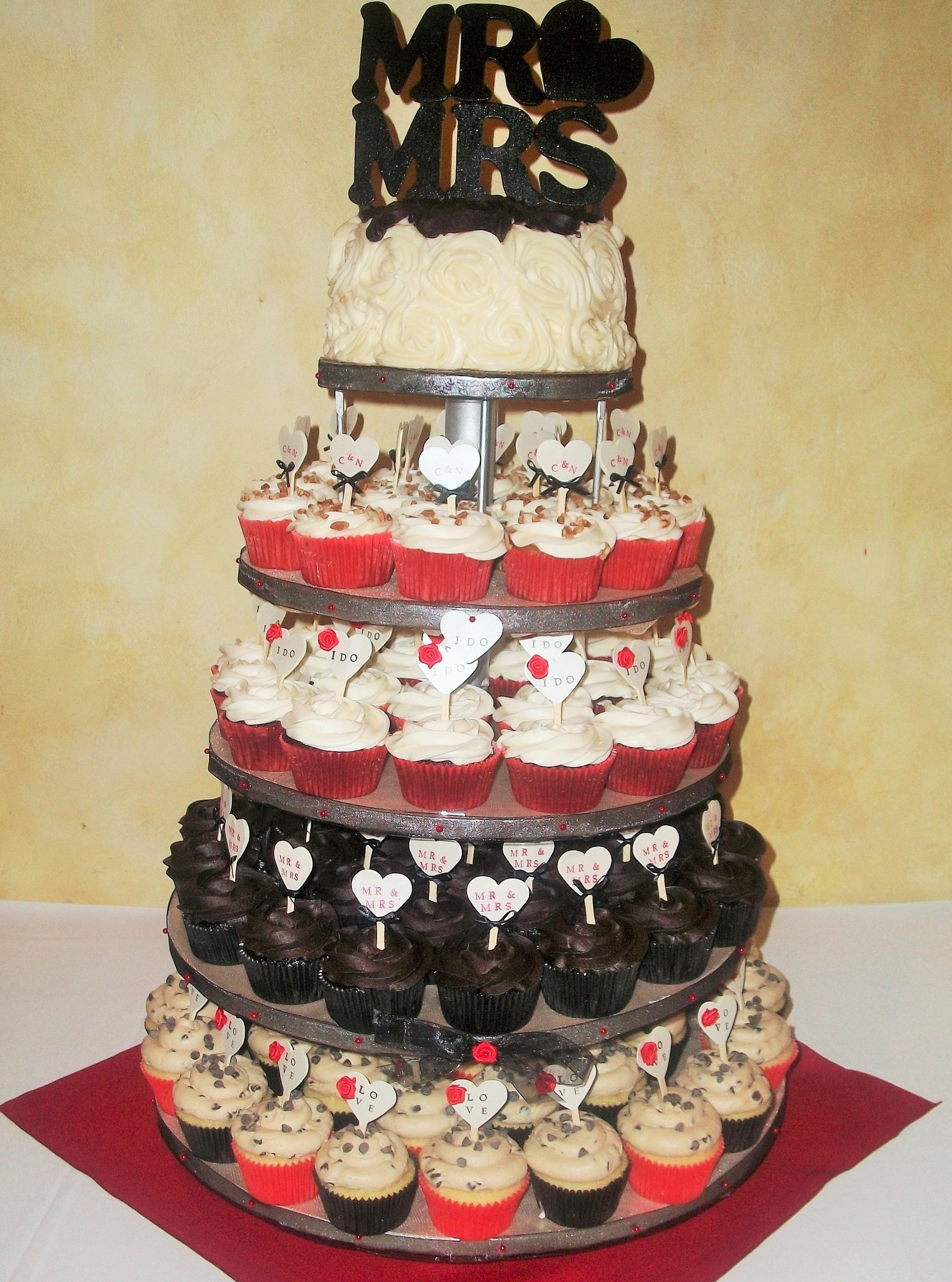 Red, Black, Gold Wedding Tower – cupcake-ave.com